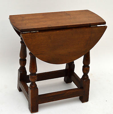 Small Antique Oak Drop Leaf Occasional Table - Coffee Table