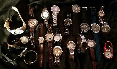Lot of 21 Men's Watches some Non-Working For Repair