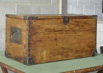 Vintage Antique Old Pine Chest Box Lovely Handles And Unusual Catch