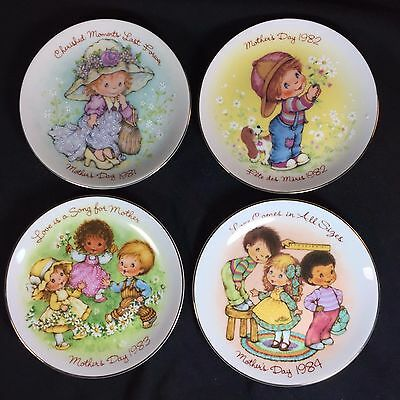 MOTHER'S DAY Collector Plates by AVON - Lot of 4 - 1981-84 - Cherished Moments