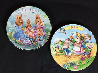 EASTER Collector Plates by AVON - Lot of 2 - 1993 & 94 - Colour Parade
