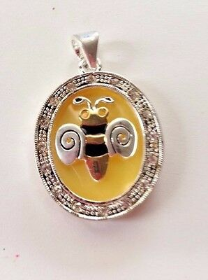 Bee Pendant VTG Jewelry Round Shape Clear Stones Enamel Overlay Loop at top