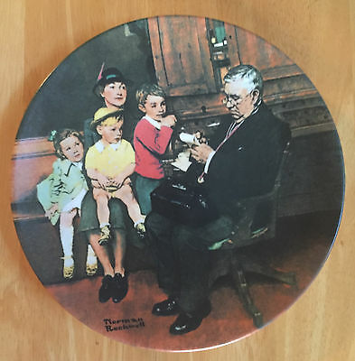 """1992 Knowles Norman Rockwell """"The Family Doctor"""" Collector Plate BOX Certificate"""