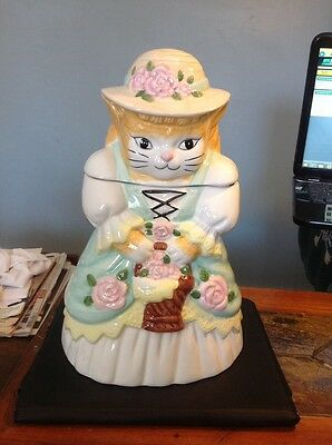 Ceramic Country Cat With Bonnet And Flower Basket Cookie Jar
