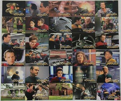 Star Trek Voyager SkyBox 104x Trading Cards: Numbers 1 - 98 & S1 - S9