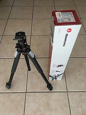 Manfrotto MK055XPRO3-BHQ2 Tripod with Ball Head