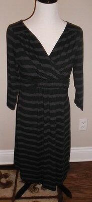 Old Navy Maternity M medium black gray stripe crosswrap nursing friendly dress