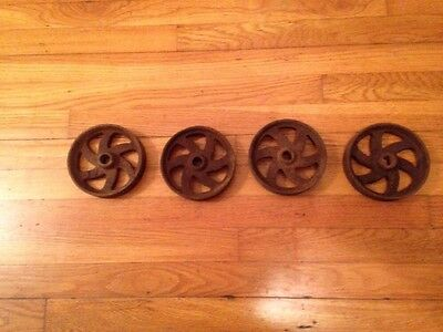 4 Small Antique Industrial Cast Iron Wheel Steampunk Factory wheels