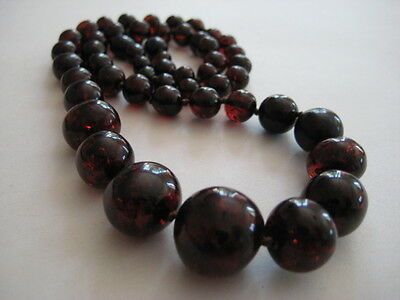 Bernsteinkette Baltic Amber Necklace Cherry-Cognac Beads Balls