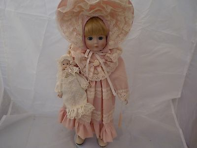 """Seymour Mann Porcelain 16"""" MARY BETH Doll #383 w/BABY & stand (no box)!"""