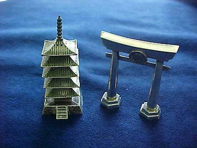K Uyeda Sterling Asian Japanese Pagoda & Gate Salt / Pepper Shakers - NICE!