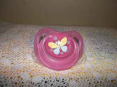 1 X Nuby Magnetic   Dummy 4 Dolls