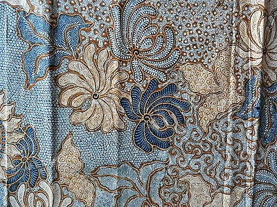 Beautiful Handmade Pekalongan Indonesian Batik Old Textile