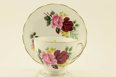 VINTAGE RIDGWAY POTTERIES QUEEN ANNE BONE CHINA TEACUP & SAUCER red & pink roses