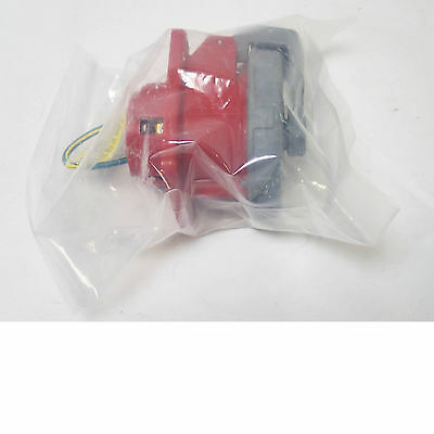 Hubbell 532R6W 32A 250V  4 Socket Receptacle  Brand New