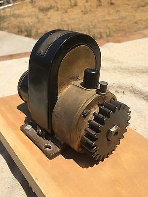 Berling Magneto, single cylinder, high tension, w Gear.