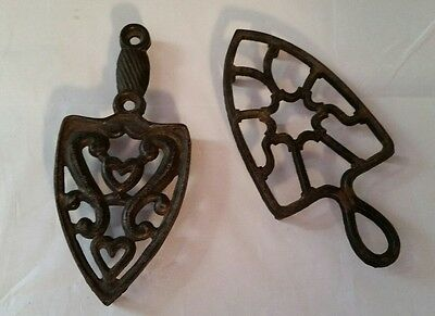 Vintage Cast Iron Metal Trivet Hot Plate Triangle Pierced heart