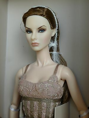 HEAD Love, Life and Lace Agnes Fashion Royalty New Integrity Toys