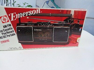 Emerson Portable AM/FM Radio Cassette Stereo Boombox in Original Box CTR11C