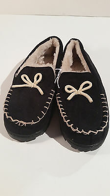 Woman's Moccasin Slippers