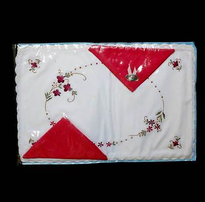 Vintage new in packet white & red embroidered 2 placemats & 2 napkins