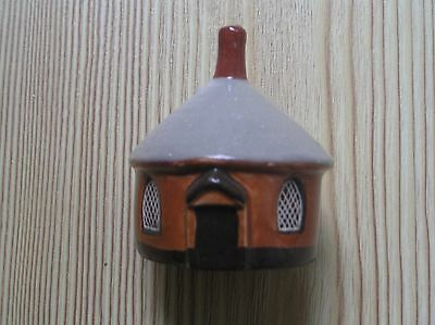 "A MUDLEN END POTTERY COTTAGE No 24: THE ROUND GATEHOUSE: 2.5"" TALL: VG CONDITION"