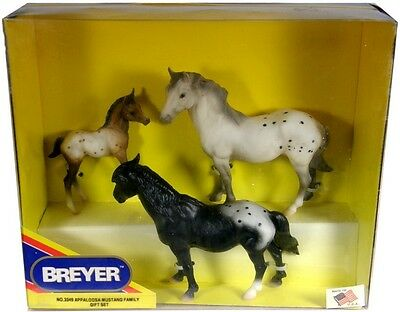 Breyer #3349 ~ Appaloosa Mustang Family Gift Set ~ Factory Sealed!