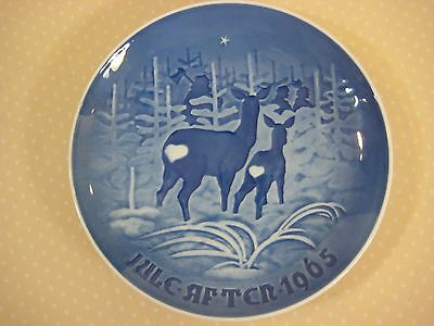 "1965 B & G Copenhagen Skoven For Jul Bring Home The Christmas Plate, 7"" Diameter"