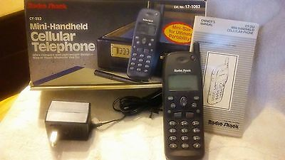 VINTAGE RADIO SHACK CELL PHONE CT-352 COMPLETE / cat.# 17-1062