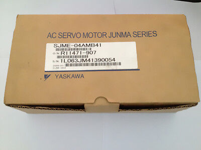 1PC NEW Yaskawa servo motor SJME-04AMB41 good in condition for industry use