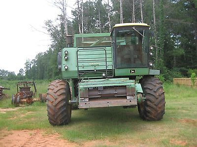 John Deere Model 8820 Combine in field ready condition 2768 hrs
