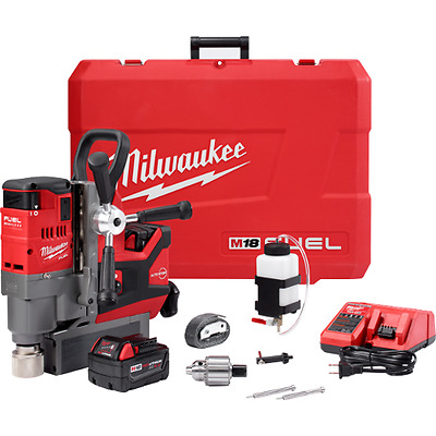 """Milwaukee 2787-22 M18 FUEL 1-1/2"""" Cordless Magnetic Drill Kit"""