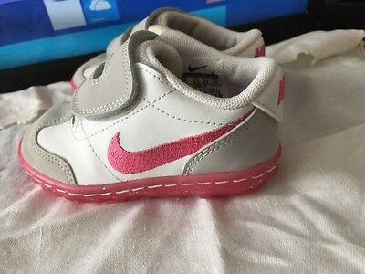 NIKE MILESTONES SENSORY MOTION SYSTEM SHOES Toddler Girls Sz 5C White/pink New
