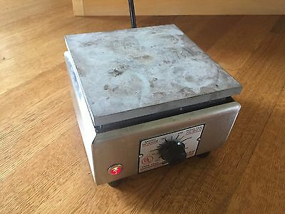 Thermolyne Type 1900 HP-A1915B Aluminum Top Lab Hot Plate - Working