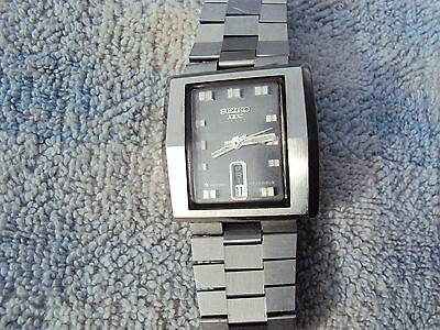 """""""SEIKO DX"""" MENS WRIST WATCH AUTO 23 JEWELL STAINLESS STEEL CASE, VINTAGE 1980s"""
