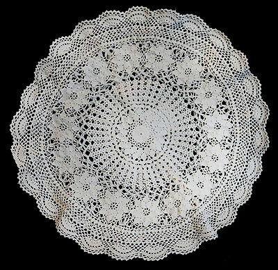 Vintage cream crochet lace button back country chic cushion cover NEW 44cm round