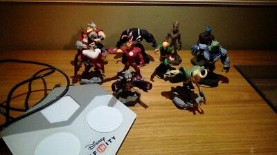 Disney infinity x box 360  10 marvel figures and base