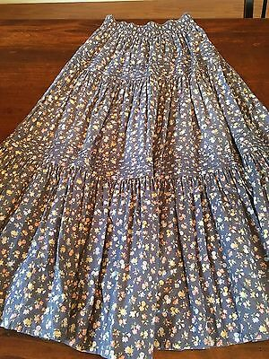 Vintage 1990s Laura Ashley small classic tiered long skirt 100% cotton - LOVELY!