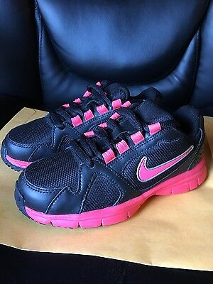 Girls Nike Endurance Trainer Shoes Size 12C Black Pink New
