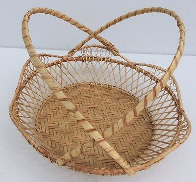 Vintage Woven Splint Bamboo Open Detailed Carrying Pie Display Basket Handles