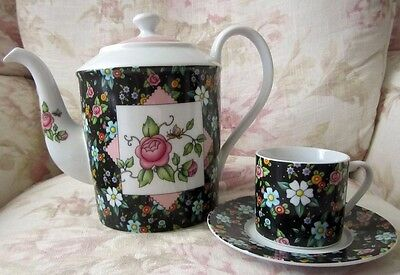~~Mary Engelbreit - Large Teapot +Tea Cup & Saucer~~Pink Roses and Flowers~2002