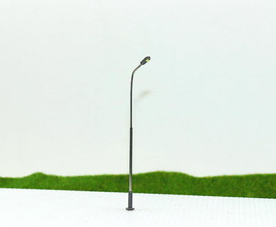 LQS07 10pcs Model Railway Train Lamp Post Street Lights HO TT Scale LEDs NEW