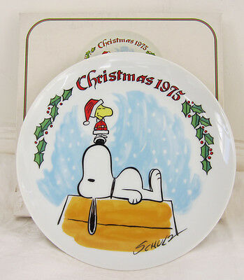 PEANUTS SNOOPY & WOODSTOCK 1975  Limited Edition Christmas Plate