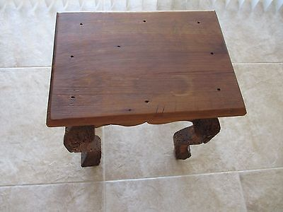 Vintage Hand carved Small Coffee/Tea Table - 12x16x18.5