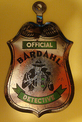 Vintage BARDAHL GAS OIL TIN TOY COLLECTIBLE DETECTIVE Promotion Giveaway