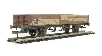 Bachmann 38-750 - BR 22 Ton STV Tube Wagon, Bauxite, Weathered, New.