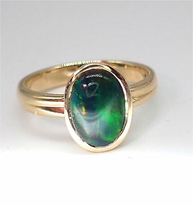 Ring 585 Gold Schwarzer Opal Oval Cabouchon