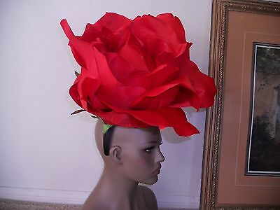 Kentucky derby hat red