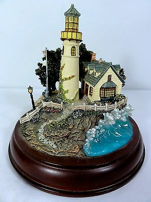 """Hawthorne """" A Light In The Storm """" Lighted Lighthouse - Thomas Kinkade - Works"""