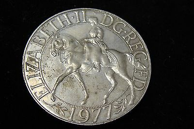 1977 Great Britain 25 New Pence KM# 920 - Size of Silver Dollar